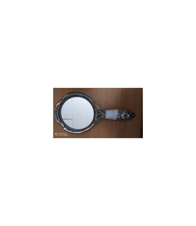 Specchio con manico in metallo