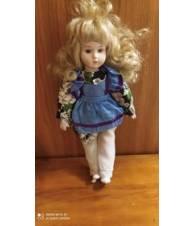 Bambola in porcellana